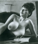 S4-BookOfBreasts145-MargaretMiddleton